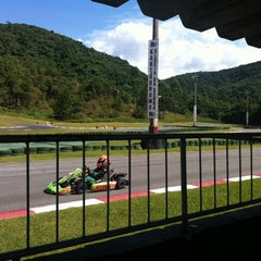 Photo taken at Kartódromo Internacional Aldeia da Serra by Gláucia d. on 3/30/2014