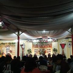 Photo taken at Restaurant Teluk Kupang by Marissa N. on 12/28/2013