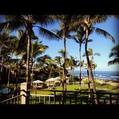 Photo taken at Four Seasons Resort Hualalai at Historic Ka`upulehu by Merry on 11/12/2012