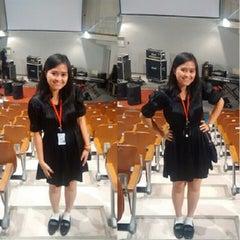 Photo taken at Pusat Studi Jepang by Fanny Nur A. on 4/27/2014