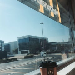 Photo taken at McDonald's - ماكدونالدز by ترينا T. on 12/28/2013
