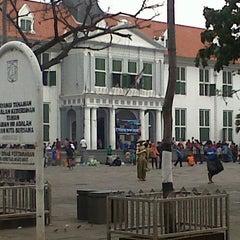 Photo taken at Museum Sejarah Jakarta (Museum Fatahillah) by Maria Ç. on 4/6/2013