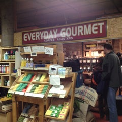 Photo taken at Everyday Gourmet (Teas & Coffees) by Frank S. on 12/22/2012