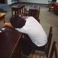 Photo taken at 國立華僑實驗高級中學 National Overseas Chinese Experimental Senior High School by Sugiharto G. on 10/17/2015