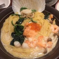 Photo taken at ガスト 交野店 by マエッチ on 12/30/2013