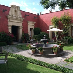 Photo taken at La Quinta Luna by Pishkro on 8/16/2014
