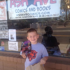 Photo taken at Ash Avenue Comics and Books by Jay L. on 11/17/2013