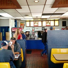 Photo taken at Crown Burgers by Russ D. on 10/30/2014