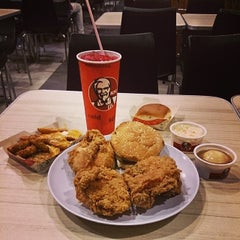 Photo taken at KFC by amirul h. on 5/15/2014