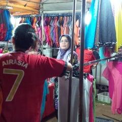 Photo taken at Pasar Malam Bandar Seri Putra by Areyeep k. on 12/7/2013