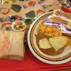 Photo taken at Rosa's Cafe Tortilla Factory by Nathan V. on 2/6/2013