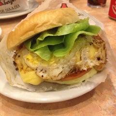 Photo taken at Blooming Burger by Eduardo G. on 12/30/2012