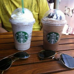 Photo taken at Starbucks Coffee by George R. on 12/26/2012
