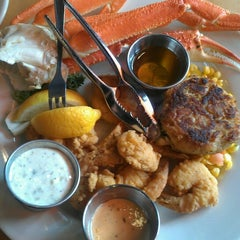 Photo taken at Charleston Crab House by Dean on 8/16/2013