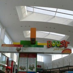 Photo taken at Boost Juice by zigiprimo on 10/20/2012