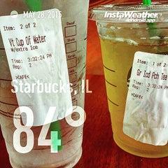 Photo taken at Starbucks by Francisco P. on 5/28/2015