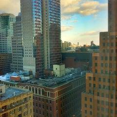 Photo taken at Sheraton Brooklyn New York Hotel by Fernando A. on 1/18/2013