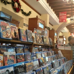 Photo taken at Sanborns by MonyRaig on 12/22/2012