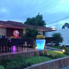 Photo taken at Sushi Koi by Marco Antonio E. on 7/18/2013