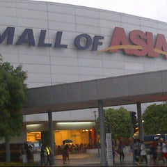 Photo taken at SM Mall of Asia by Elgin A. on 7/28/2013