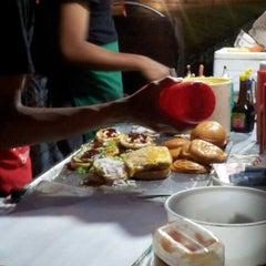 Photo taken at USJ 4 Burger by Joan T. on 1/1/2013