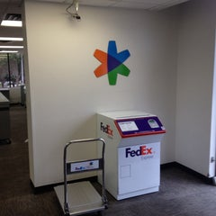 Photo taken at FedEx Office Print & Ship Center by SooFab on 7/18/2014