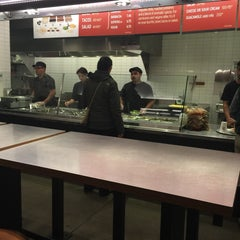 Photo taken at Chipotle Mexican Grill by SooFab on 1/7/2015