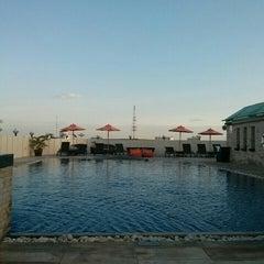 Photo taken at Amari Nova Suites Pattaya by Shmupi K. on 10/11/2014