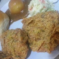 Photo taken at Kentucky Fried Chicken (KFC) by rfn on 12/14/2013