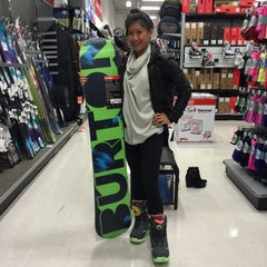 Photo taken at Sports Authority by Shari Marie R. on 10/25/2014