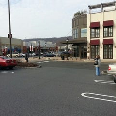 Photo taken at The Promenade Shops at Saucon Valley by Terry S. on 12/15/2012