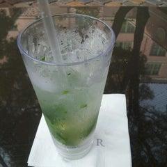 Photo taken at Renaissance Vinoy - Terrace by Mat C. on 10/6/2012