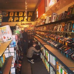 Photo taken at Golden Apple Comics by Tommy T. on 12/30/2012