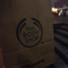 Photo taken at The Body Shop by 🌸Lera Z. on 11/8/2013