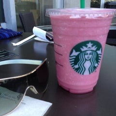 Photo taken at Starbucks Coffee by Yanyan T. on 5/24/2013
