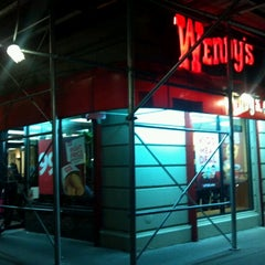 Photo taken at Wendy's by Richard G. on 1/9/2013