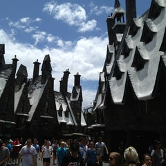 Photo taken at The Wizarding World Of Harry Potter - Hogsmeade by Cat L. on 5/21/2013