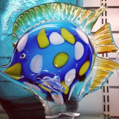 Photo taken at HomeGoods by Alex C. on 9/15/2012