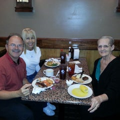 Photo taken at Chow Tyme Grill & Buffet by Keith F. on 12/25/2013