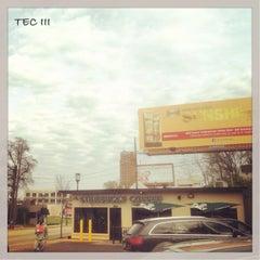 Photo taken at Starbucks by TEC I. on 4/24/2014
