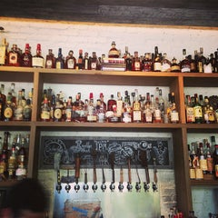 Photo taken at Yardbird Southern Table & Bar by Mariano A. on 4/20/2013