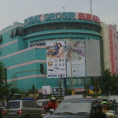 Photo taken at Pusat Grosir Surabaya (PGS) by Achmad J. on 10/27/2012