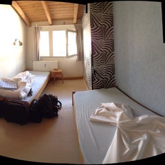 Photo taken at GastHaus Bremer Backpacker Hostel & Hotel by scholt on 6/15/2013