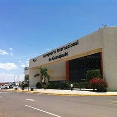 Photo taken at Aeropuerto Internacional de Guanajuato (BJX) by Tipsdeviajero.com on 6/30/2013