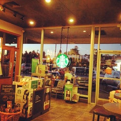 Photo taken at Starbucks by Lalo Z. on 10/18/2012