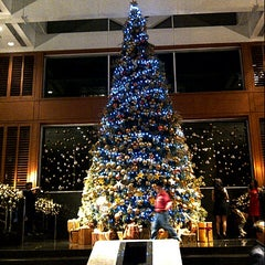 Photo taken at Four Seasons Hotel Jakarta by Agus G. on 12/12/2012