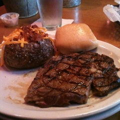 Photo taken at Texas Roadhouse by Gina S. on 10/20/2012
