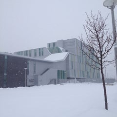 Photo taken at Algonquin College - CA Building by Alexandre B. on 2/5/2014
