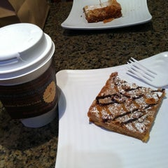 Photo taken at Park Avenue Coffee by Ashley A. on 4/21/2013