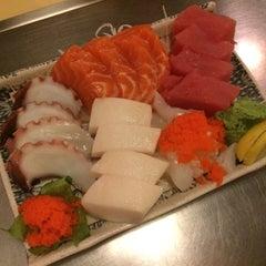 Photo taken at Kin San Kichi Japanese Restaurant by Alice K. on 11/21/2015
